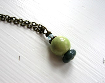 CLEARANCE Green beaded pendant necklace