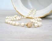 Retro Pearls Necklace, Mid century Cream shade pearls long Necklace, mad men fashion, mad men jewelry