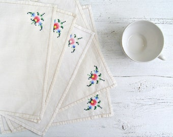 Vintage Cloth Napkins Embroidered, Shabby Rose Table Napkins, Mid Century Small Cloths, Cross Stitched Doilies Vintage Table Squares 5 White
