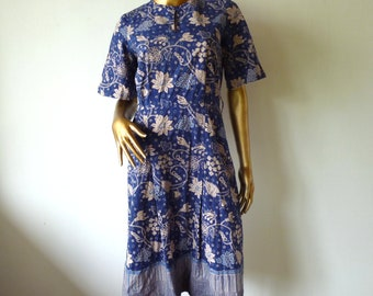 50% OFF Vintage Batik dress, blue cotton 70's.