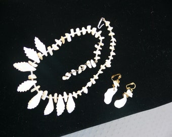 Mother of Pearl Necklace and clip earrings