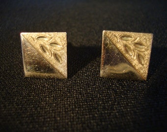 Vintage gold tone cufflinks square etched