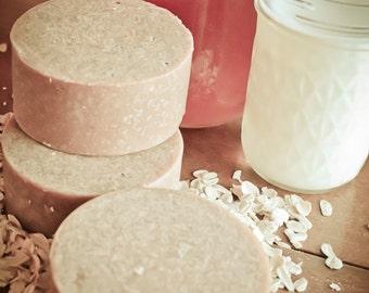 Oatmeal, Goat's Milk, and Honey Handmade Soap