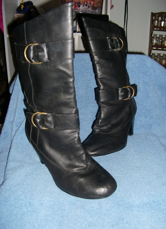 """Vintage Black Leather Boots with 3"""" Stack Heels and Adjustable Buckles Size 9 Only 10 USD"""