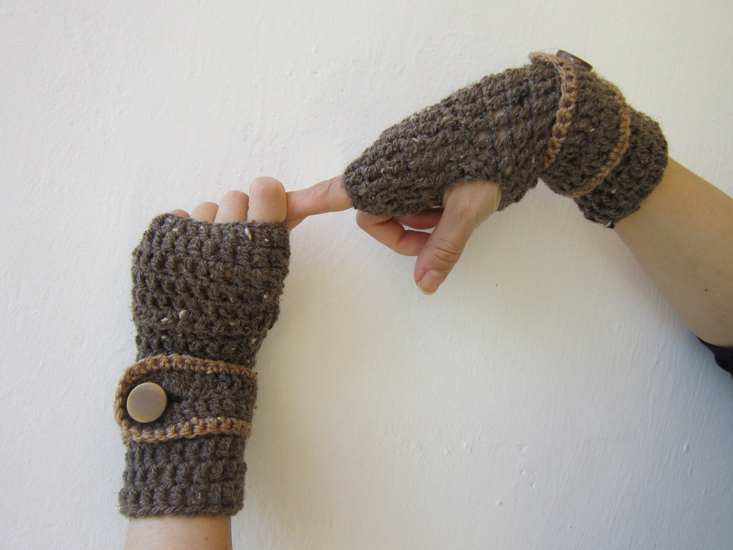 crochet brown arm warmers belted fingerlesss by CozyKnittings