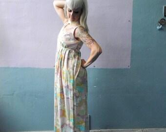 Vtg 60s Pastel Maxi Dress / Keyhole / Empire Waist / Psychedelic Print