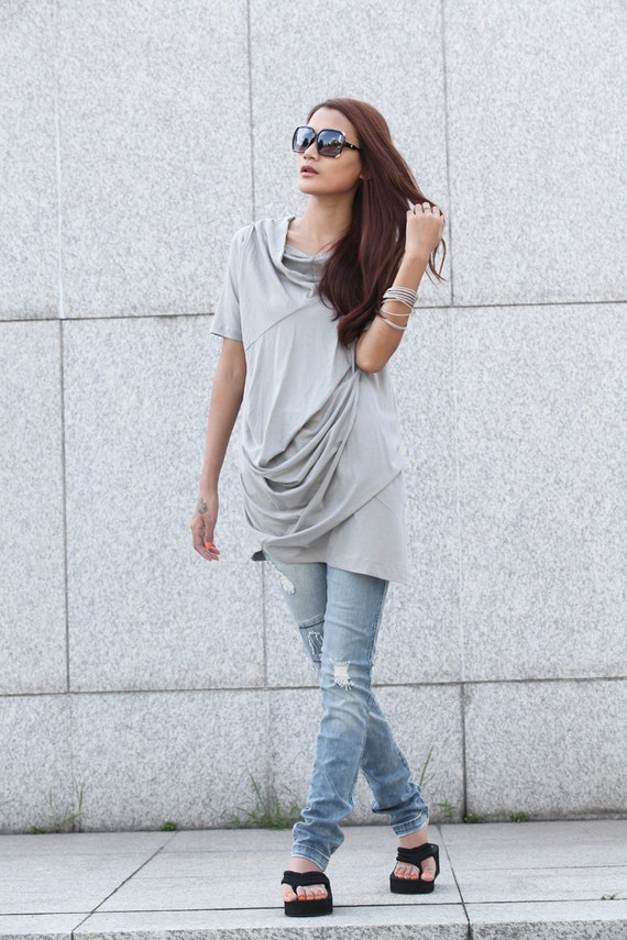 Casual Lagenlook And Relaxed Pullover Short Sleeve T-shirt Dress Top For Women in Light Grey - NC380