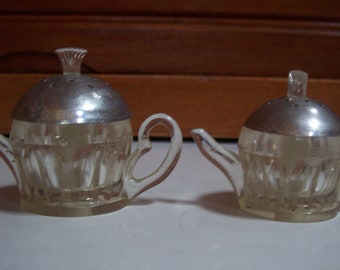 Vintage Plastic Teapot Salt and Pepper Shakers