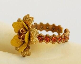 Orly Zeelon Gold Flower Ring