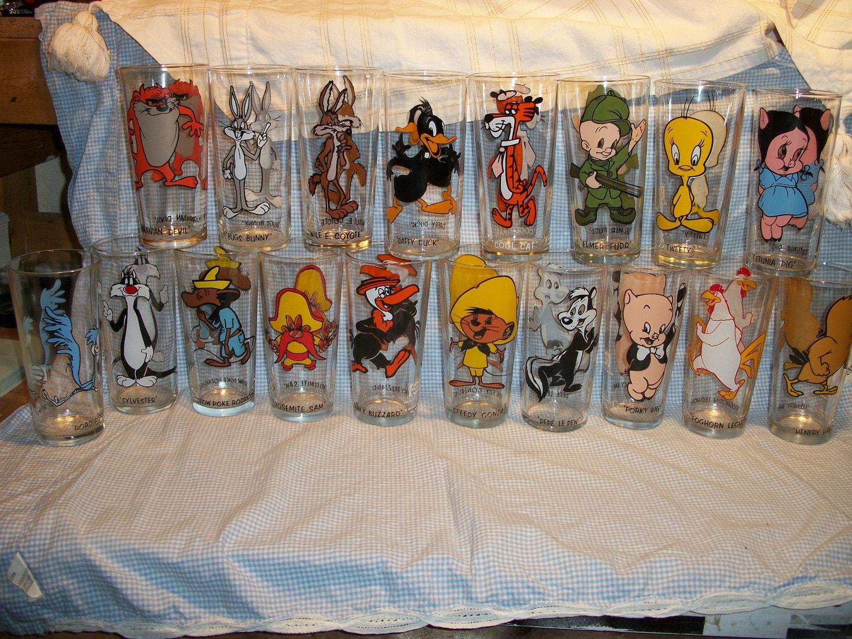 Pepsi Looney Tunes Glasses Complete Set