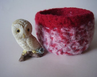 wee felted bowl container ring holder  maroon and pink square bowl