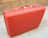 Red Vintage Samsonite Saturn II Suitcase plus 7