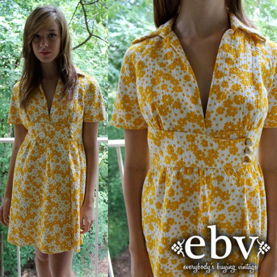 Vintage 70's White & Yellow Floral Hippie Boho Babydoll Empire Waist Sun Dress S M