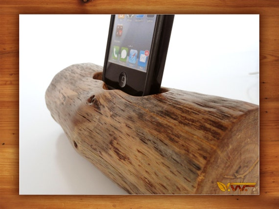 iPhone dock - iPod dock - sync, charge, can serve as iPhone stand, iPod stand - new iPhone 5 compatible
