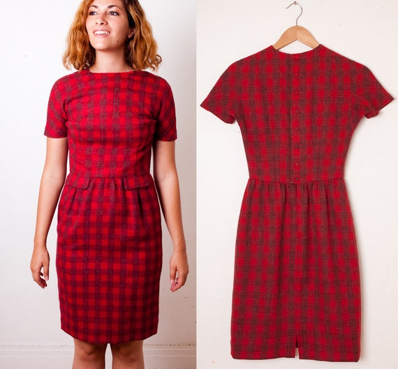 "1960s Red & Grey Plaid LANZ Wiggle Dress // Cute Button up Back 1961 Shift  // Size Small / Extra Small 23"" Waist / Vintage 60s"