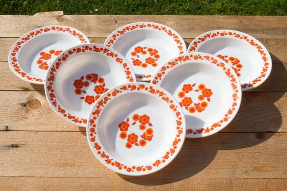 Set of 6 Arcopal France Lotus plates