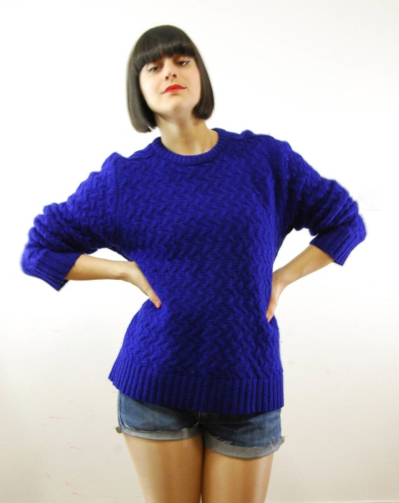 cobalt blue cable knit wool sweater s-m/l