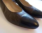 Vintage Salvatore Ferragamo Brown Herringbone and Black Leather Kitten Heels Size 8.5 - Italian Women's Pumps Shoe Size 8.5 8 1/2