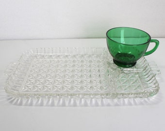 Snack Set, Anchor Hocking Green Coffee Cup Clear Tray Entertaining Original Box 16 pieces