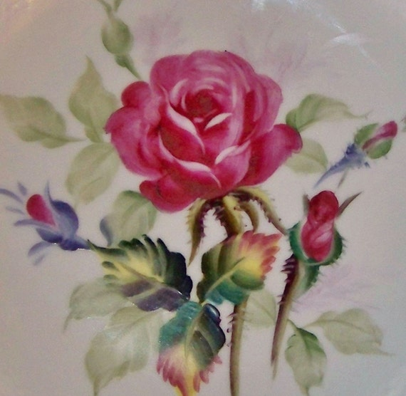 Beautiful Vintage Lefton China plate 6926 - pink burgundy roses - gold edges - Hand Painted - can be hung on wall