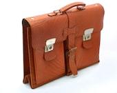 Vintage leather briefcase, Brown messanger bag, Vintage School Bag, Strong University College Book Bag, Attache work briefcase laptop bag