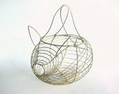 Vintage Primitive Wire Egg Basket - Pig