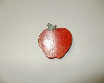 apple brooch colour  wood  scroll saw