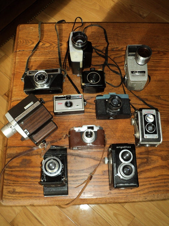 Reserved for Kala:  11 VINTAGE  ANTIQUE CAMERAS, An Instant  Collection of  Eleven (11) Various  Cameras  For Sale in One Lot