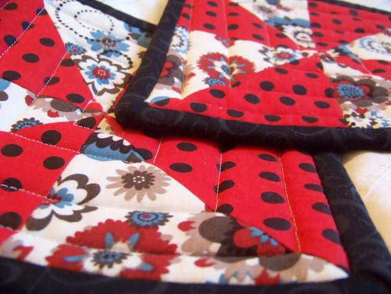 Quilted Pot holders - Red, Black, Cream, Blue, Brown and Tan- Cotton - Set of 2 - 8in x 8in