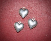 75% 24 Silver Charms Heart  Valentines Day - Solid Great Quality  - Ships from US Worldwide - Lead and Nickel Free
