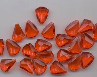 23 gorgeous faceted rich reddish orange vintage lucite pendants - triangular - 18 x 14 mm