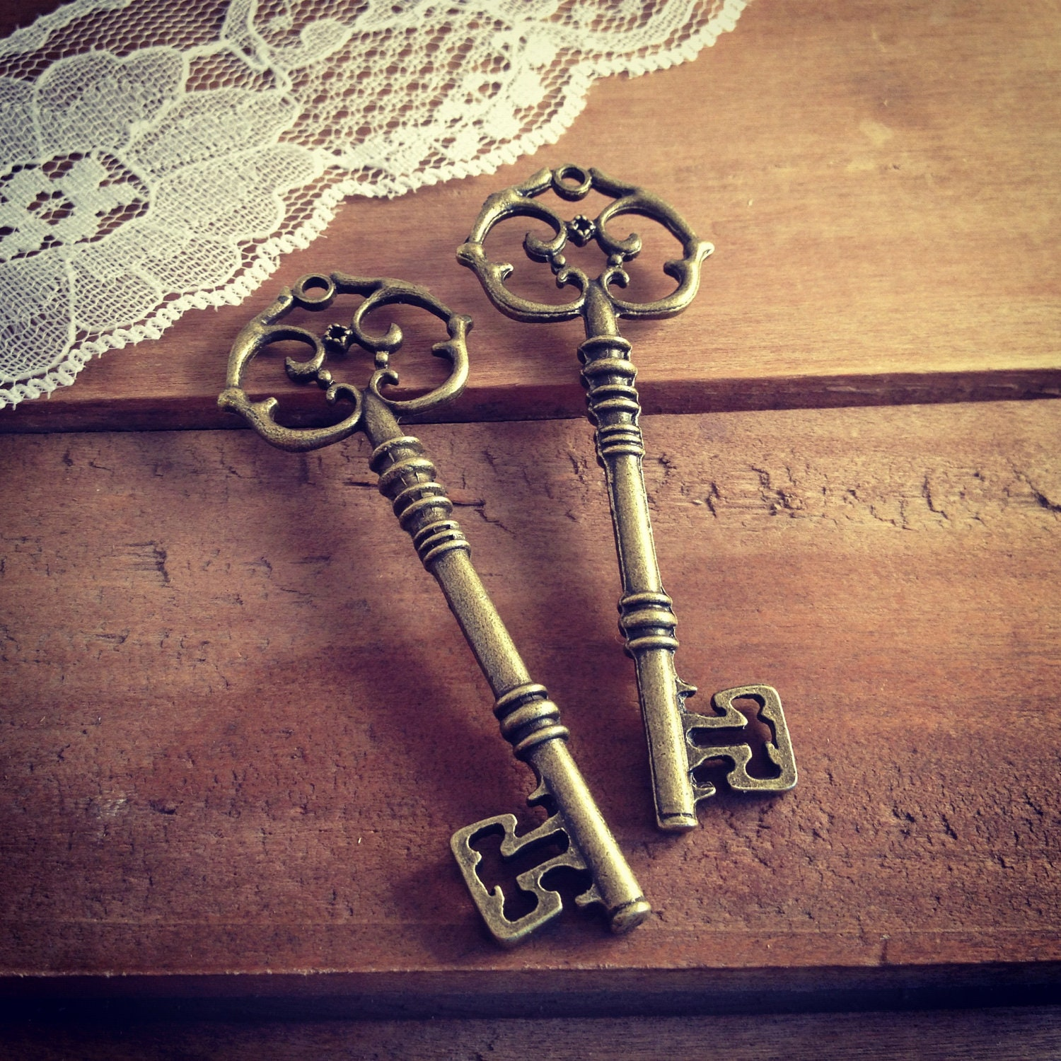 the skeleton key Lucky line skeleton key - for use on french doors and other antique door hardware brass-plated zinc will not rust or bend under continuous use.