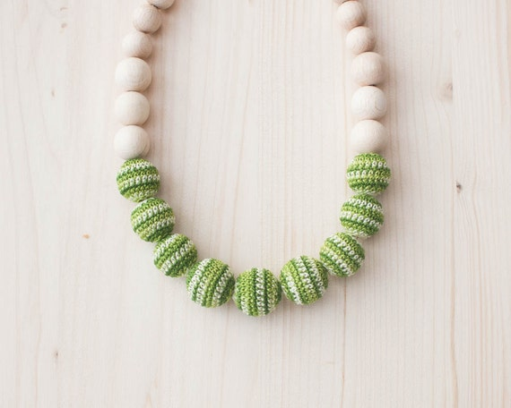 Nursing necklace / Teething necklace / Crochet nursing necklace - Colormix green, yellow