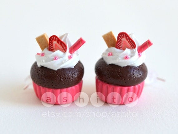 Pink Strawberry Cupcake Earrings Polymer Clay by Ashito on Etsy
