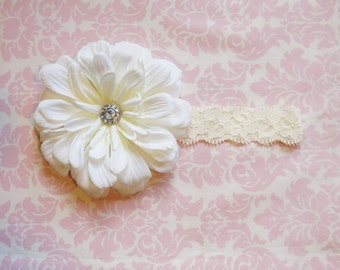 Light Cream flower on cream lace headband/ Newborn headband/ baby headband