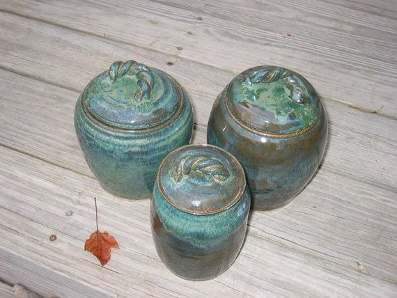 Canister Set 3 Handmade Stoneware Canisters 0212004