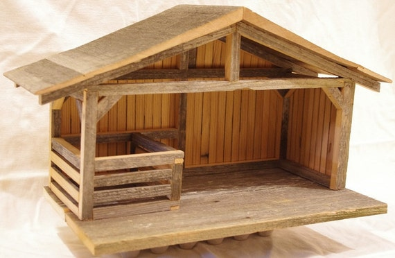How To Build A Christmas Manger