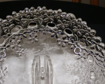 Vintage Clear Glass Three Feet Plate with Daisey Pattern and Beautiful Cut Work Think Glass