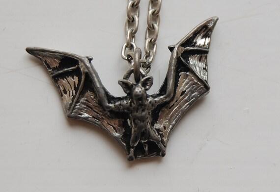 SALE 80s 90s Grunge Goth Pewter Bat Necklace