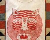 Matt Leines White 'Red Tiger' T-Shirt size XL