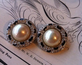Vintage Carol Lee Signed Black Enamel Silver Tone Rhinestone Clip On Earrings