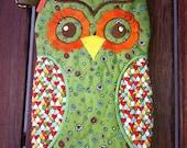 Green and Brown Orange Owl Zipper Case