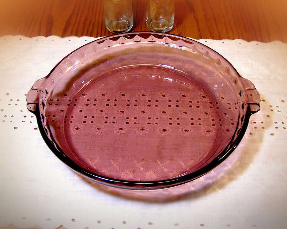 Vintage Purple Pyrex Pie Plate Purple By Thewhitepelican