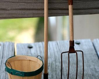 Miniature Rustic Pitch Fork, Supplies for Crafts, Spring, Garden,  Craft Supplies.