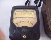 Vintage light meter for 35mm photography comes with leather case collectible photographer photography