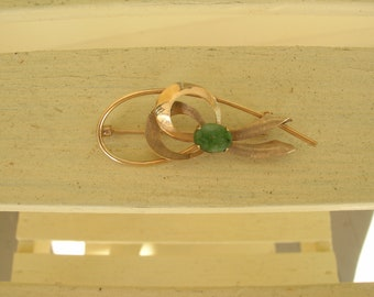 Gold Tone Pin With jade accent   Gold Tone Brooch