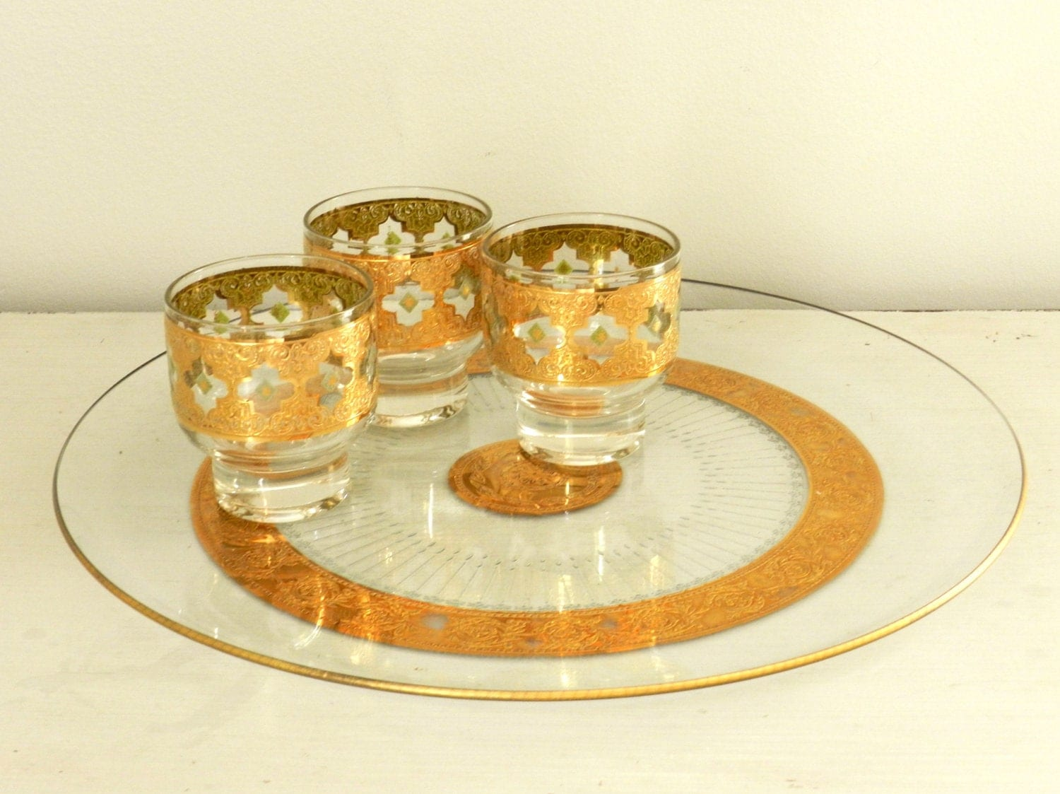 Vintage Culver Glass Serving Tray Round Gold Tyrol by ModRendition