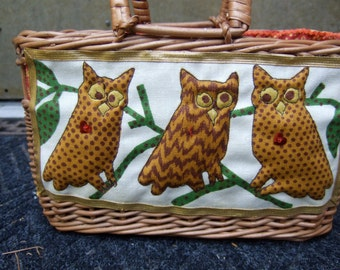 Whimsical Quirky Wicker Owl Handbag c 1970