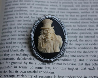 "Cream On Black Zombie ""Sam"" Silhouette 3D Cameo Brooch"