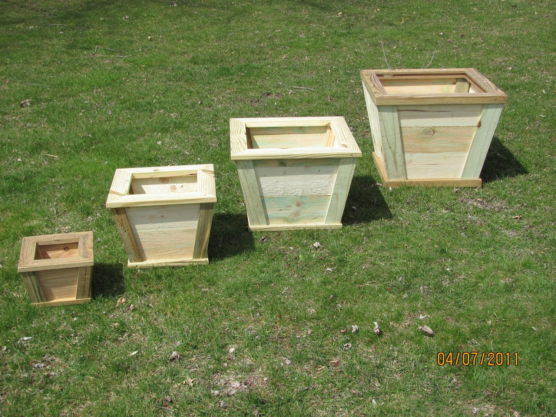 wooden outdoor planter flower box rustic planter wood. Black Bedroom Furniture Sets. Home Design Ideas